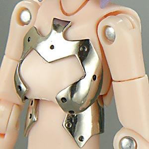 大幅形状変更したのは胸当てで腹巻追加なのですが